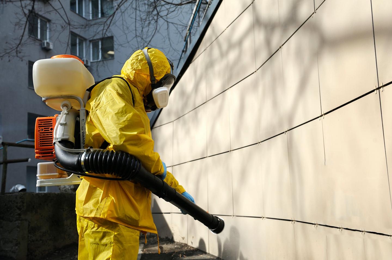 Tratamiento específico para la desinfección de espacios públicos